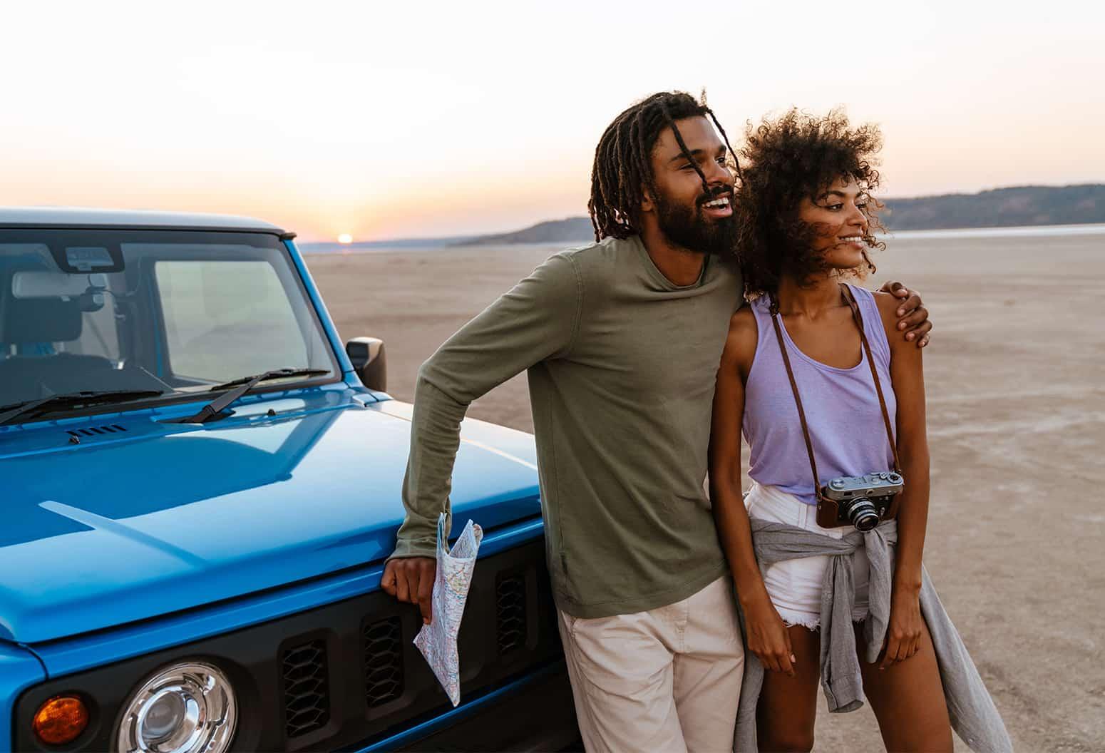 couple on vacation in Arizona desert